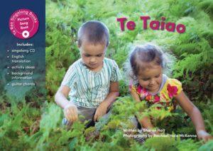Te Taiao Sing-along Book-0