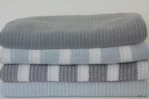 Organic Cotton Cellular Cot Blanket-0